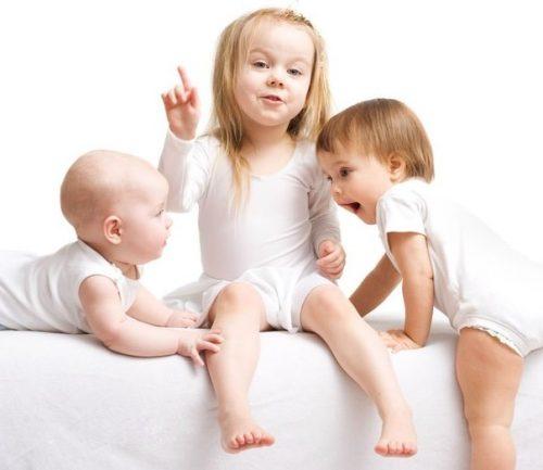 Фото детей на детском матрасе