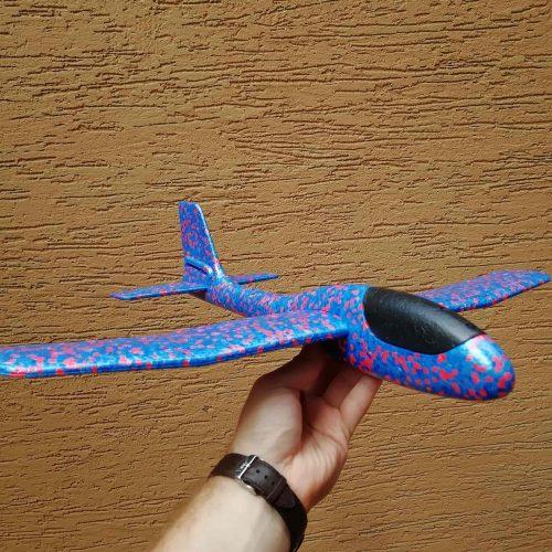 Самолетик планер из пенопласта